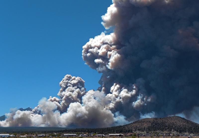 Contaminación del aire por incendios forestales, ¿qué medidas deberías tomar?
